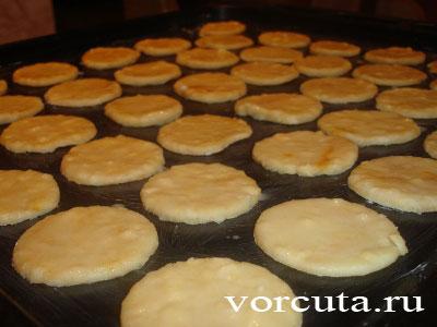 Приготовление сырного печенья: 1